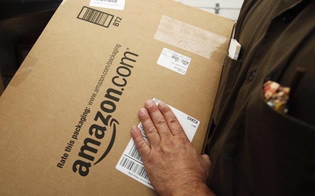 Tax-free Internet shopping jeopardized by bill - Yahoo! News