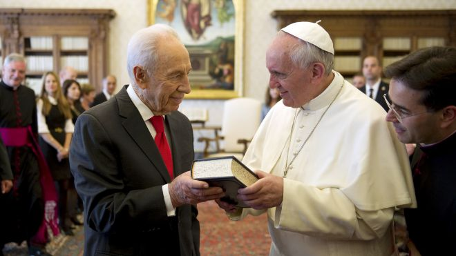 Israeli President Peres says pope has role to play in Mideast peace, invites him for visit   Fox News