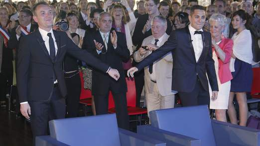 Gay Marriage In France: First Male Couple Wed
