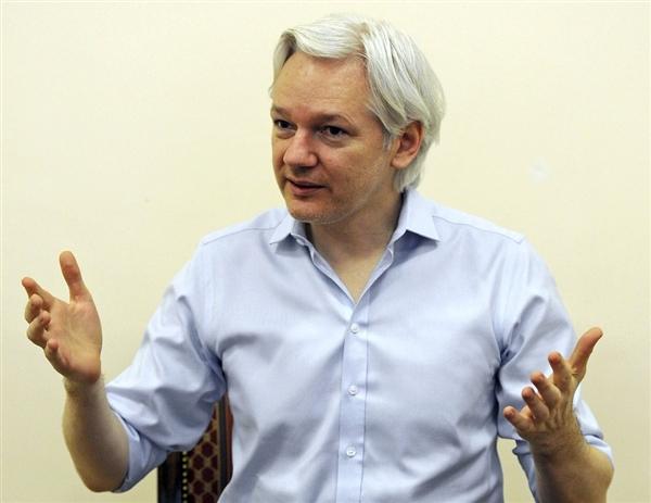 Assange reveals details of 'Snowden Op', slams US 'war on whistleblowers' — RT News