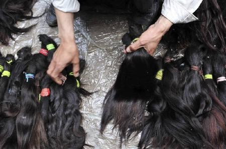 Venezuela: Thieves Stealing Women's Hair At Gunpoint - IBTimes UK