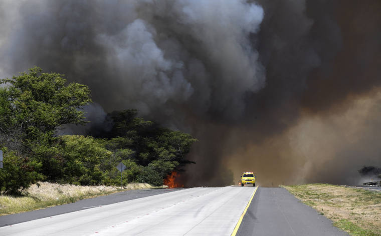 Image result for Hawaii governor declares disaster for Maui fire